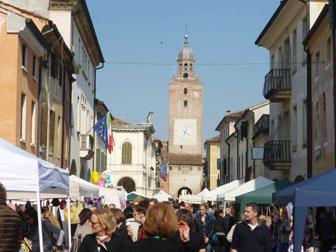 Castelfranco veneto artigianato in centro mostra mercato for Mercatini veneto oggi