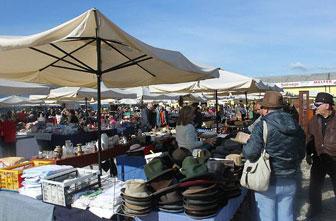 mercatino dell'antiquariato godega di sant'urbano bancarelle