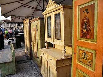 BADOERE MERCATINO DELL'ANTIQUARIATO E COLLEZIONISMO mobili antichi